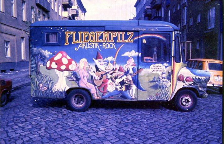 Fliegenpilz: Bandbus 1978 - ca. 1980 - notfalls auch zum Schlafen!