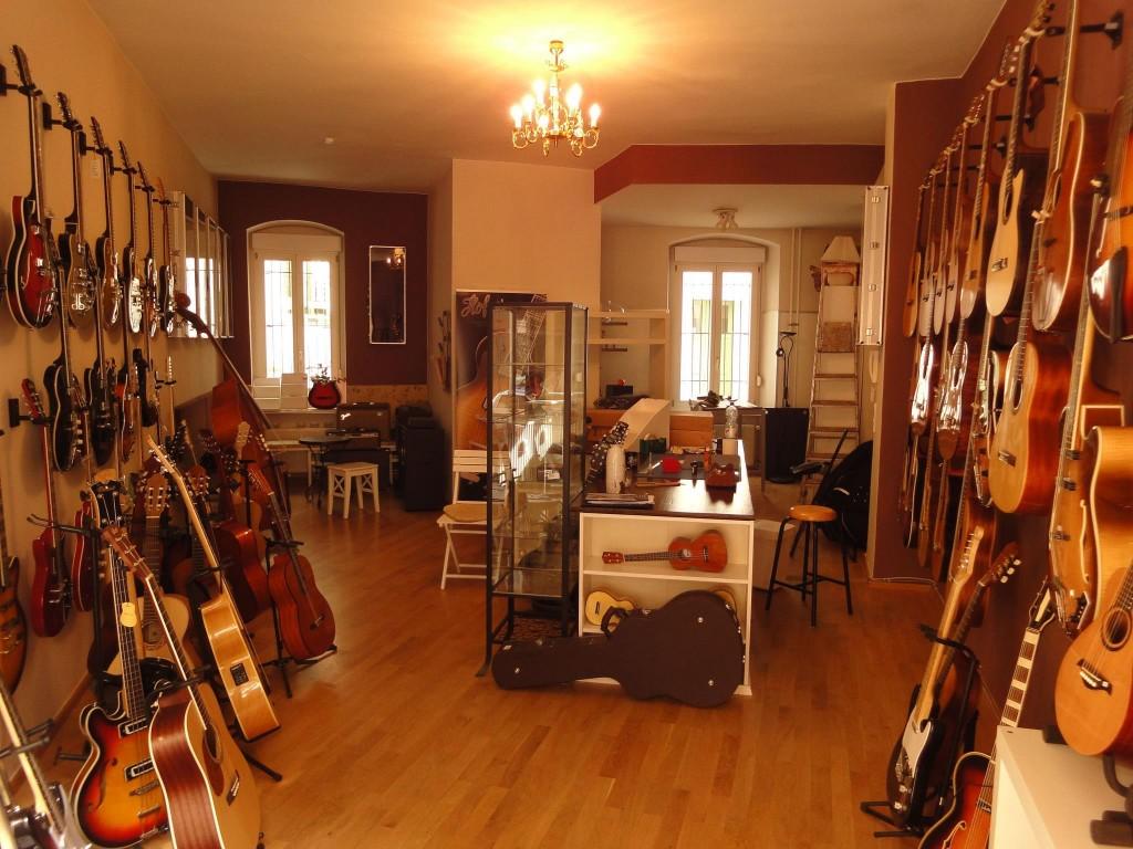 krassegitarren.de - © Michi Hartmann, 2012, via facebook