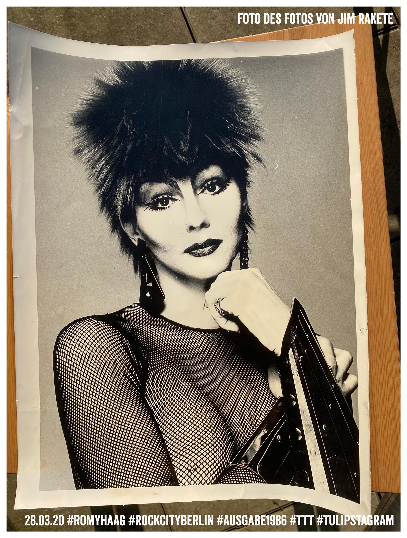 Foto eines Fotos von Jim Rakete © 28.03.20 #RomyHaag #RockCityBerlin #Ausgabe1986 #TTT #Tulipstagram